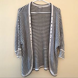 Eyeshadow L/XL knit striped cardigan